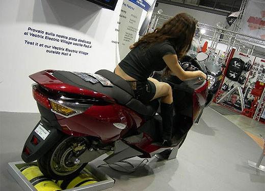Vectrix all'EICMA 2007 - Foto 7 di 23