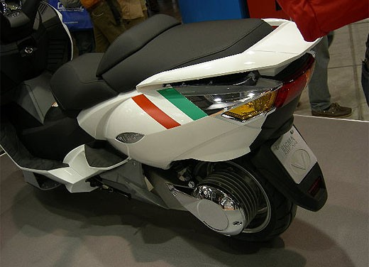 Vectrix all'EICMA 2007 - Foto 10 di 23