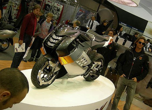 Vectrix all'EICMA 2007 - Foto 13 di 23