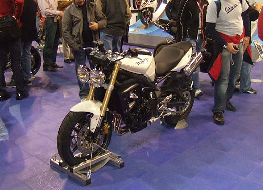 Triumph all'EICMA 2007 - Foto 11 di 13