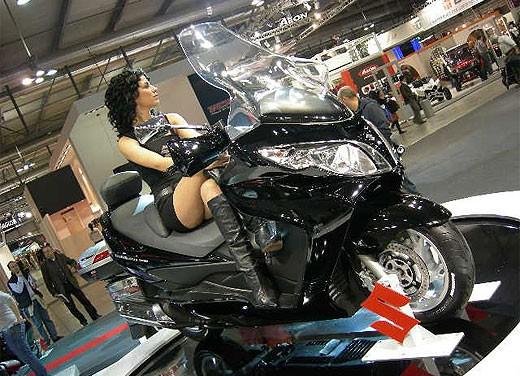 Suzuki all'EICMA 2007 - Foto 7 di 13