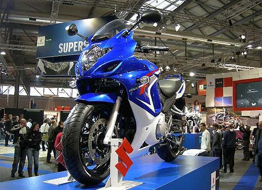 Suzuki all'EICMA 2007 - Foto 10 di 13