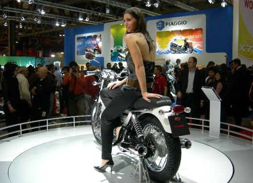 Moto Guzzi all'EICMA 2007 - Foto 10 di 14