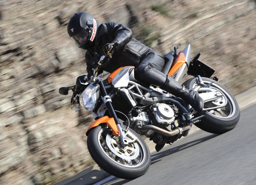 Aprilia Shiver 750 – Long Test Ride - Foto 34 di 37