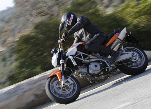 Aprilia Shiver 750 – Long Test Ride - Foto 29 di 37