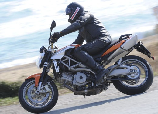 Aprilia Shiver 750 – Long Test Ride - Foto 16 di 37