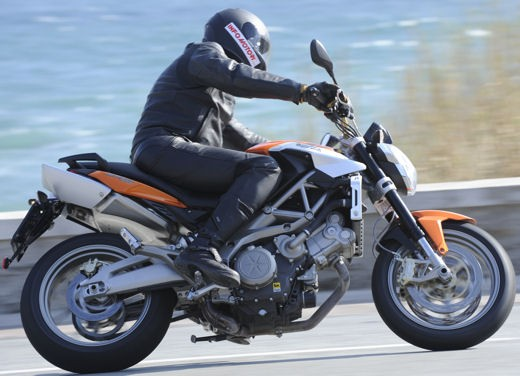Aprilia Shiver 750 – Long Test Ride - Foto 18 di 37