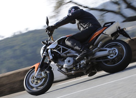 Aprilia Shiver 750 – Long Test Ride - Foto 19 di 37