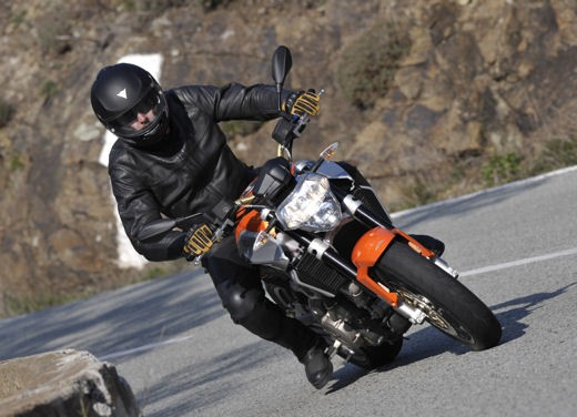 Aprilia Shiver 750 – Long Test Ride - Foto 26 di 37