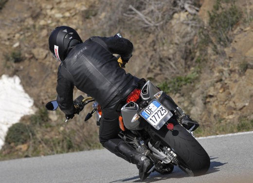Aprilia Shiver 750 – Long Test Ride - Foto 9 di 37