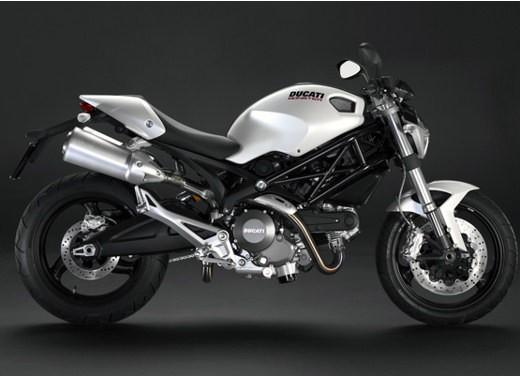 Ducati Monster 696, i nuovi colori - Foto 8 di 11