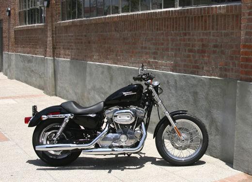 Harley Davidson e Buell, listino 2008 - Foto 1 di 23
