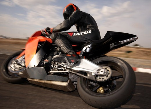 KTM RC8 – test ride report - Foto 24 di 27