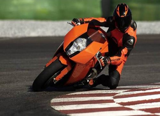 KTM RC8 – test ride report - Foto 6 di 27
