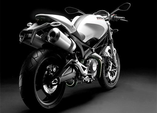 Ducati Monster 696 Plus - Foto 6 di 11
