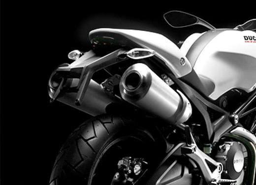 Ducati Monster 696 Plus - Foto 8 di 11