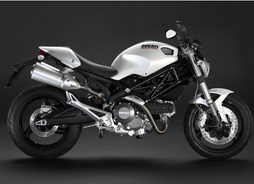 Ducati Monster 696 Plus - Foto 9 di 11