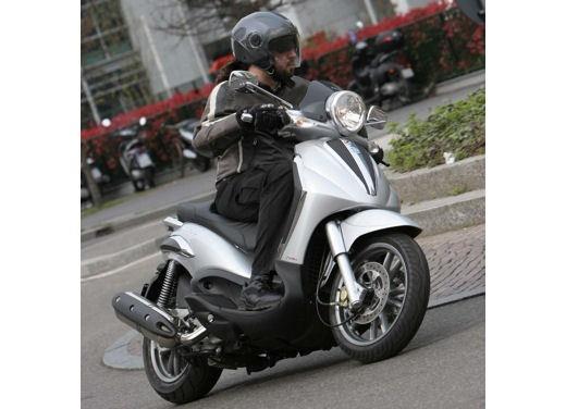 Piaggio Beverly Tourer 2008 – test ride - Foto 6 di 12