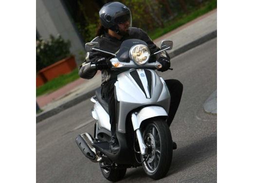 Piaggio Beverly Tourer 2008 – test ride - Foto 8 di 12