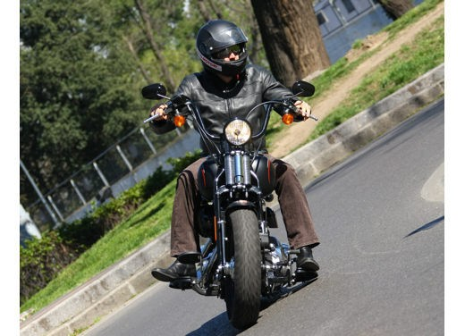 Harley-Davidson Softail Cross Bones – Test Ride - Foto 17 di 24