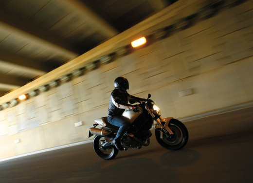 Ducati Monster 696 – Test Ride Report - Foto 7 di 20