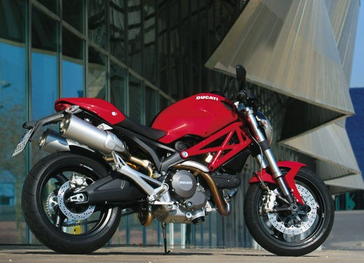 Ducati Monster 696 – Test Ride Report - Foto 12 di 20