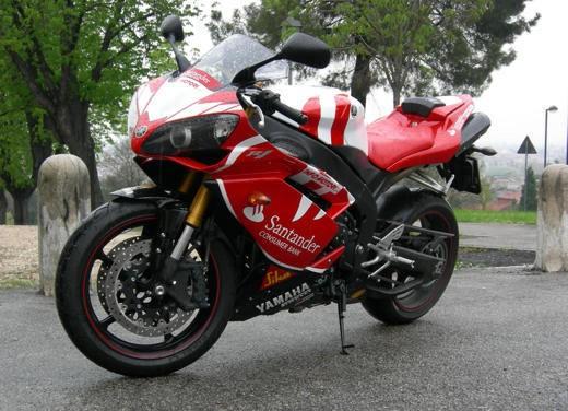 Yamaha R1 10th Anniversary – Long Test Ride - Foto 4 di 20