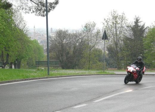 Yamaha R1 10th Anniversary – Long Test Ride - Foto 5 di 20