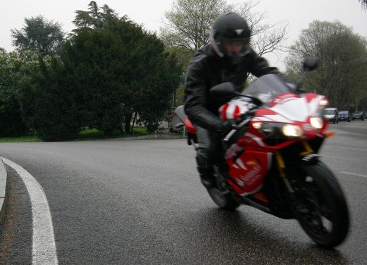 Yamaha R1 10th Anniversary – Long Test Ride - Foto 6 di 20