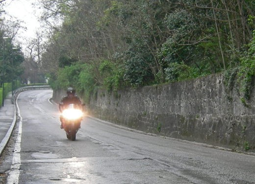 Yamaha R1 10th Anniversary – Long Test Ride - Foto 9 di 20