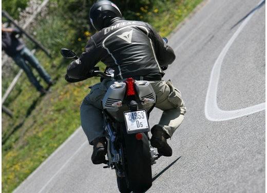 Aprilia SMV 750 Dorsoduro – Long Test Ride - Foto 8 di 25