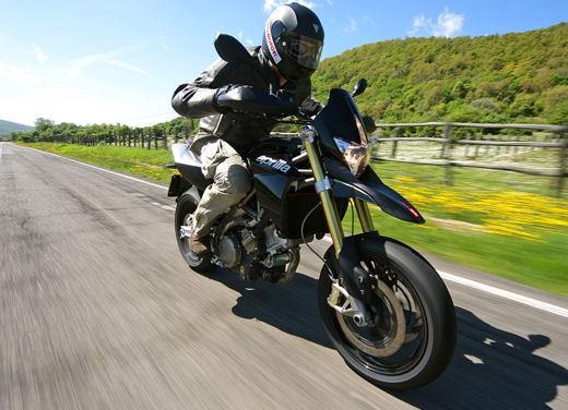 Aprilia SMV 750 Dorsoduro – Long Test Ride - Foto 13 di 25