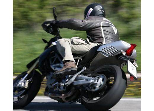 Aprilia SMV 750 Dorsoduro – Long Test Ride - Foto 16 di 25