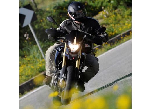 Aprilia SMV 750 Dorsoduro – Long Test Ride - Foto 17 di 25