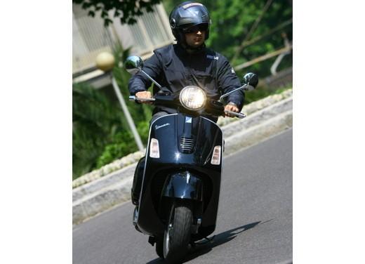 Vespa GTS 300 Super – Test Ride - Foto 21 di 34