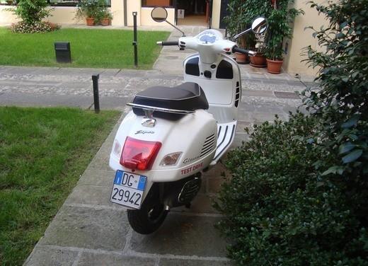 Vespa GTS 300 Super – Test Ride - Foto 29 di 34