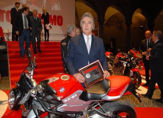 """Brutale 1078RR è la """"Moto dell'anno 2008"""" - Foto 5 di 30"""
