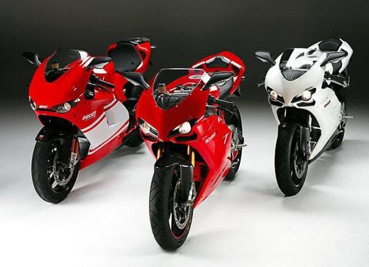 """Brutale 1078RR è la """"Moto dell'anno 2008"""" - Foto 6 di 30"""