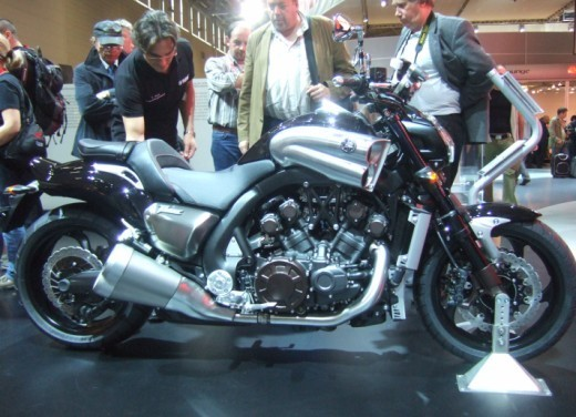 Yamaha V-Max 2009 - Foto 45 di 46