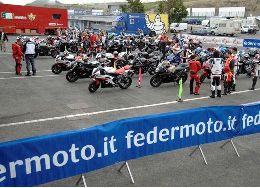 Scuola Motociclistica Italiana - Foto 9 di 11