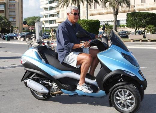 Marcello Lippi su Piaggio MP3 250 - Foto 5 di 6