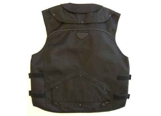 Abbigliamento da moto con airbag - Foto 30 di 32
