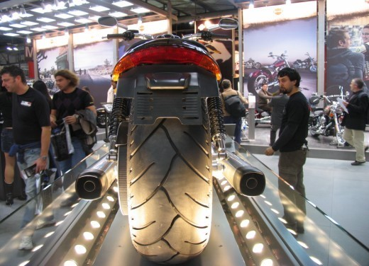 Harley Davidson V Rod Muscle - Foto 27 di 27