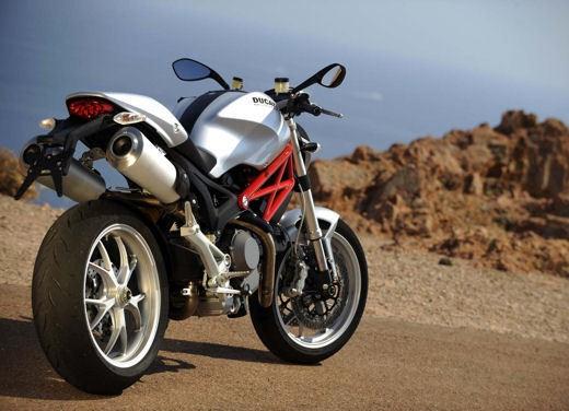 Ducati Monster 1100 - Foto 3 di 35