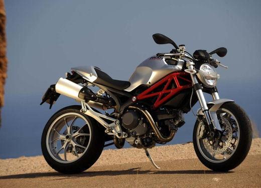 Ducati Monster 1100 - Foto 9 di 35