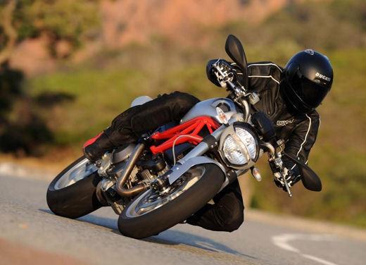 Ducati Monster 1100 - Foto 7 di 35