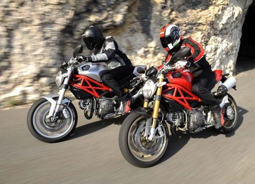 Ducati Monster 1100 - Foto 28 di 35