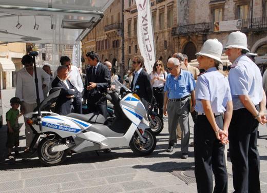 Maxi -Scooter Elettrico Vectrix - Foto 3 di 9