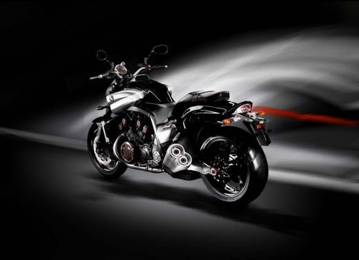Yamaha V-Max – Test Ride Report - Foto 22 di 30