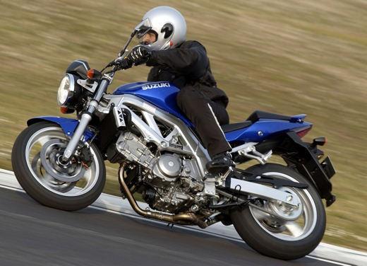 Suzuki SV650 - Foto 9 di 12
